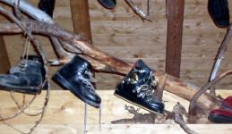 Kožené lyžařské boty na sjezdové lyžování