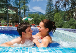 csm_Bad-Ischl_Aussen-Pool-Paar_SKG-Therme_effe161a